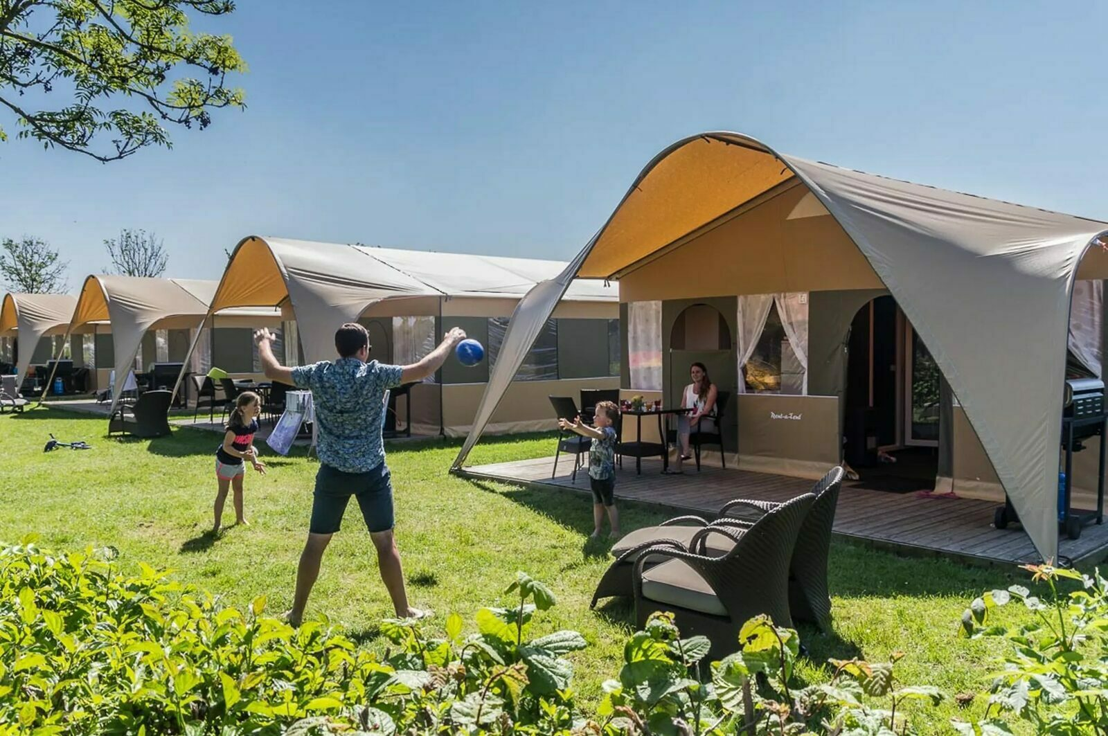 Luxe lodge tent
