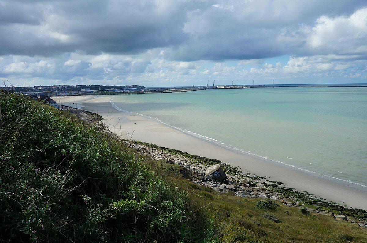 Het strand van Boulogne-Sur-Mer aan de Opaalkust.