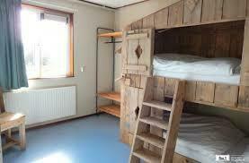 Farm Lodge 687 living