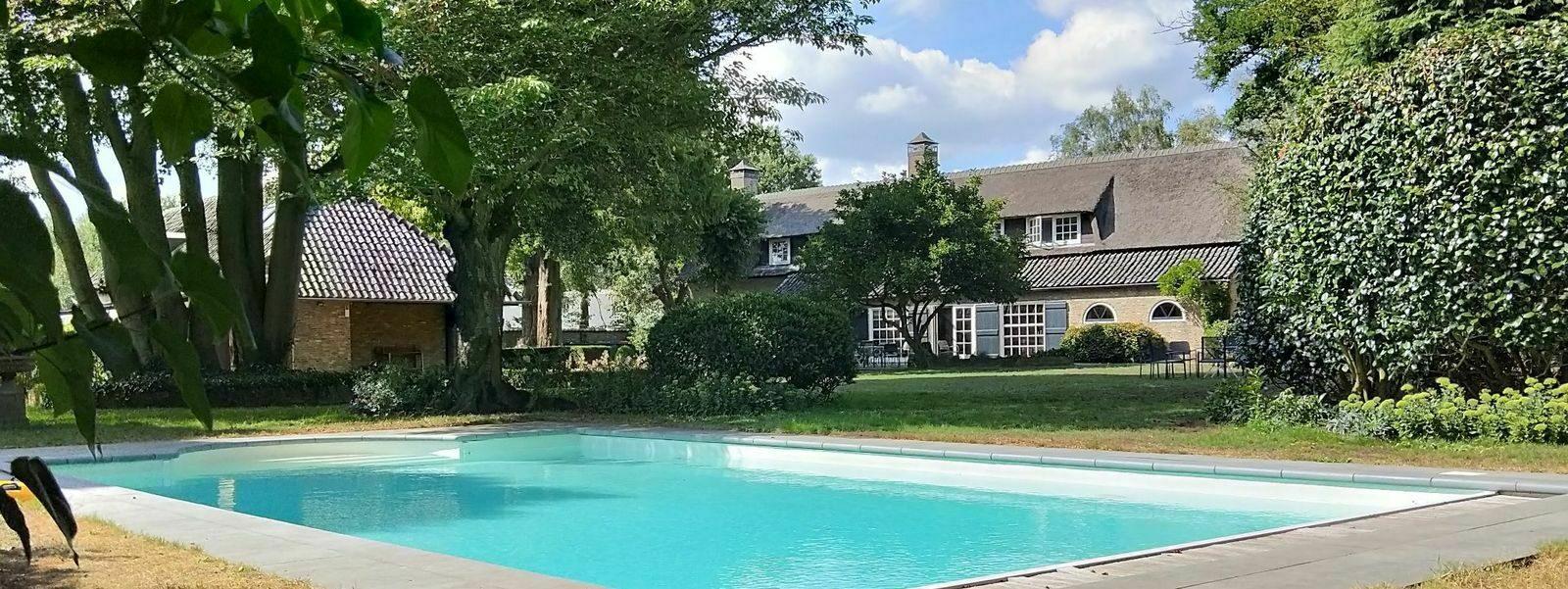 5x vakantiehuizen met zwembad of zwemvijver in Nederland