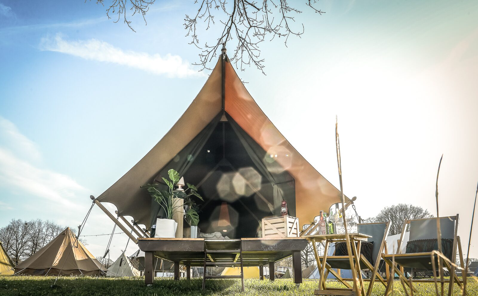 Pop-up glamping