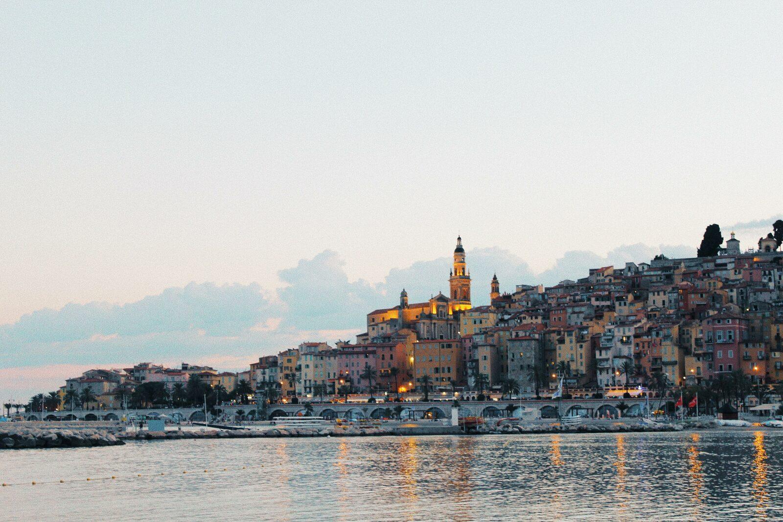 Ville de Menton sur la Côte d'Azur