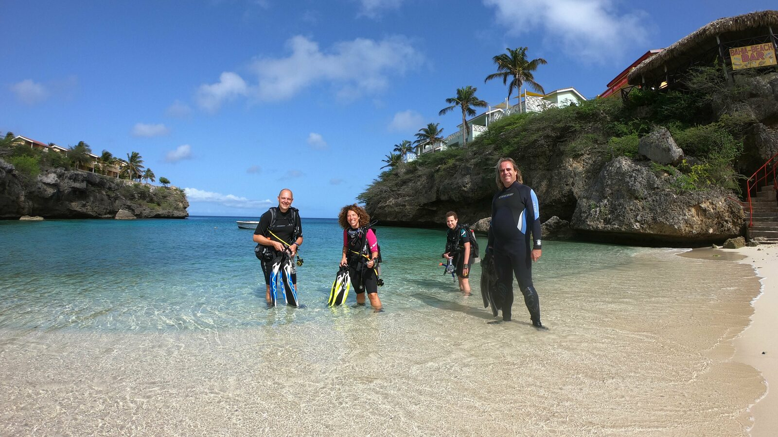 Bahia Diving Family Accommodation & Dive Packages