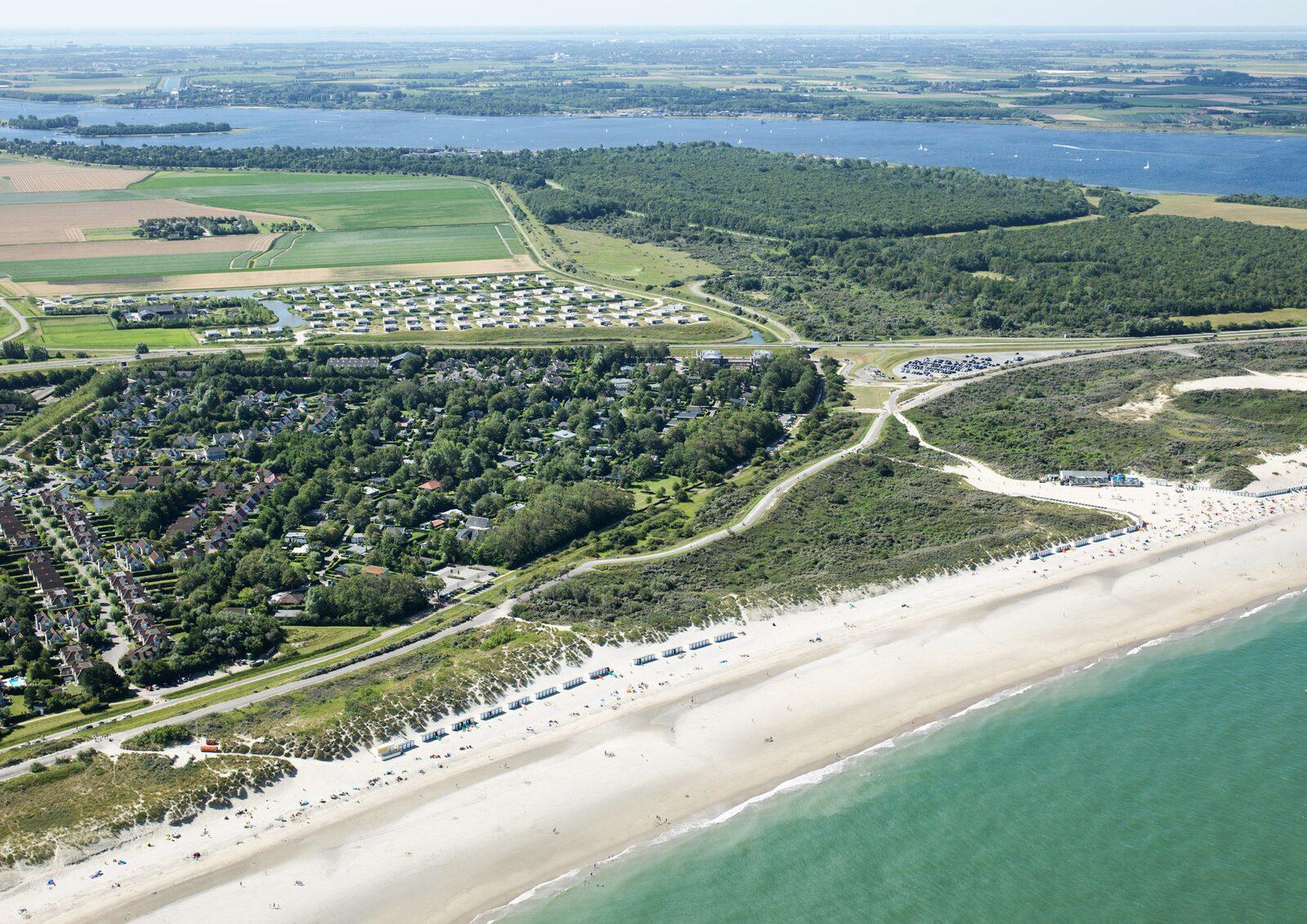 Lage De Groote Duynen - Ferienhäuser direkt am Meer in Zeeland