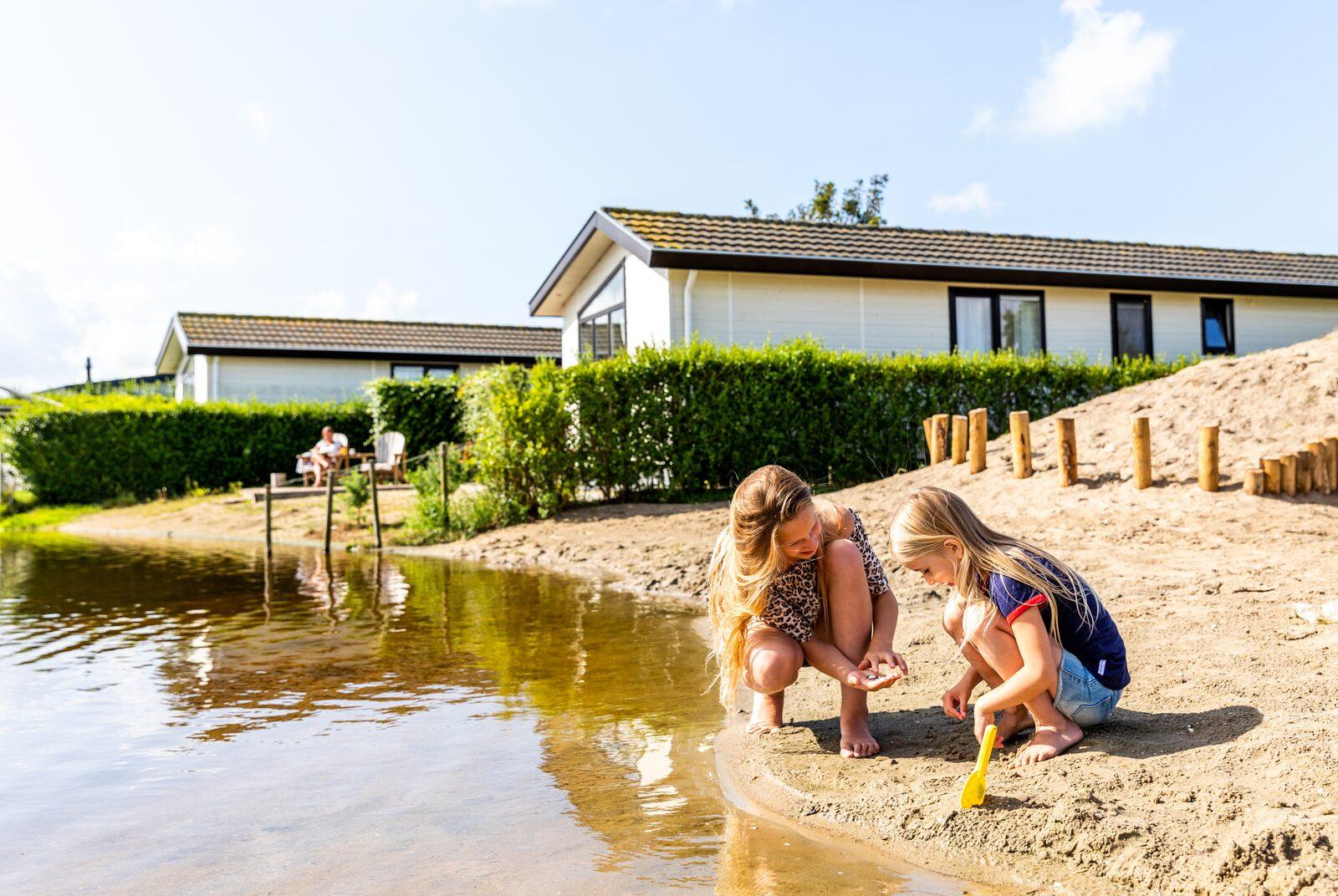 Chalet aan de nederlandse kust