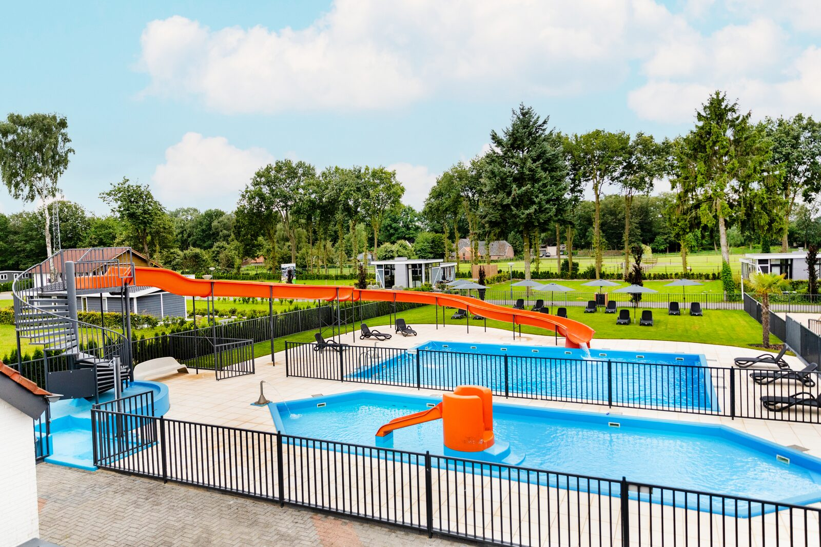 Holiday park Limburg with swimming pool