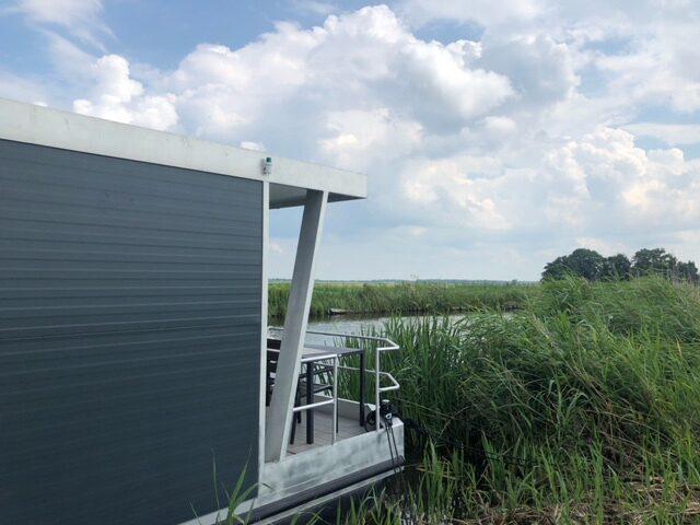 Houseboat Waterleven Zuidwest Friesland
