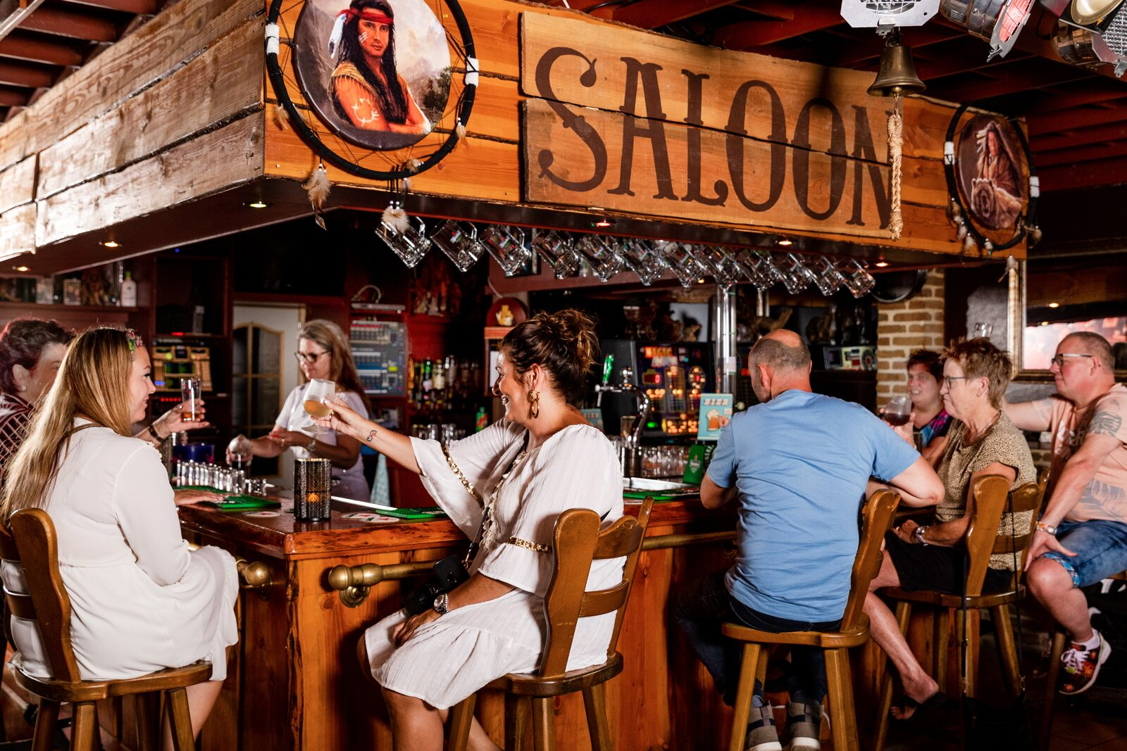 Cafe De Saloon