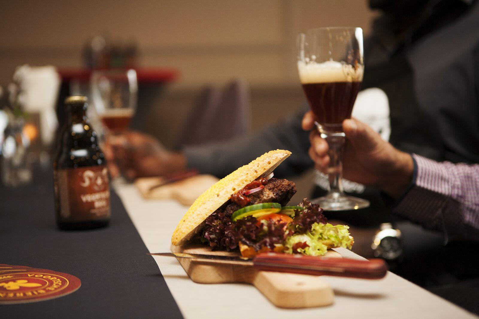 Pubquiz & Bier en Burgers kookworkshop