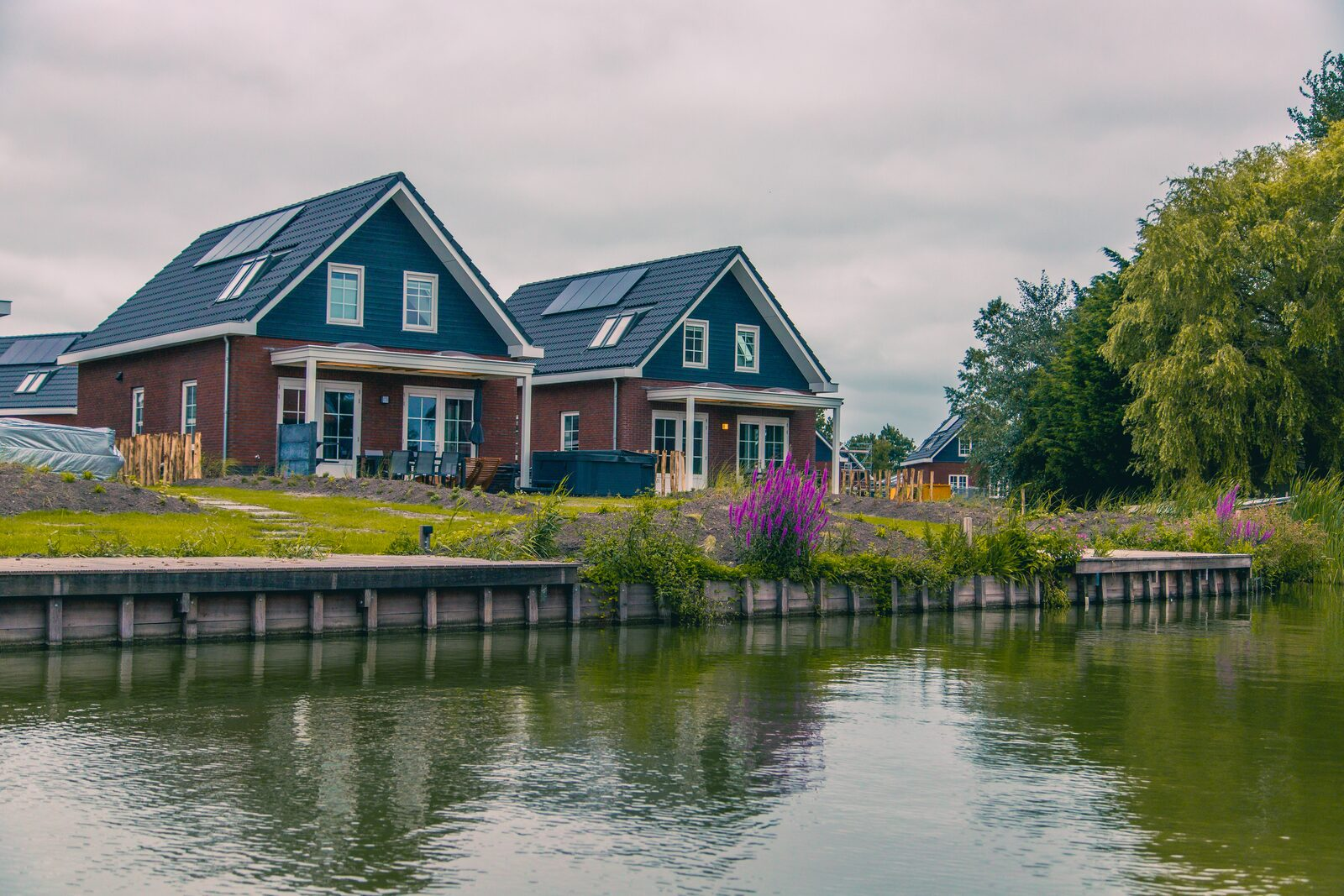 Rent a water villa
