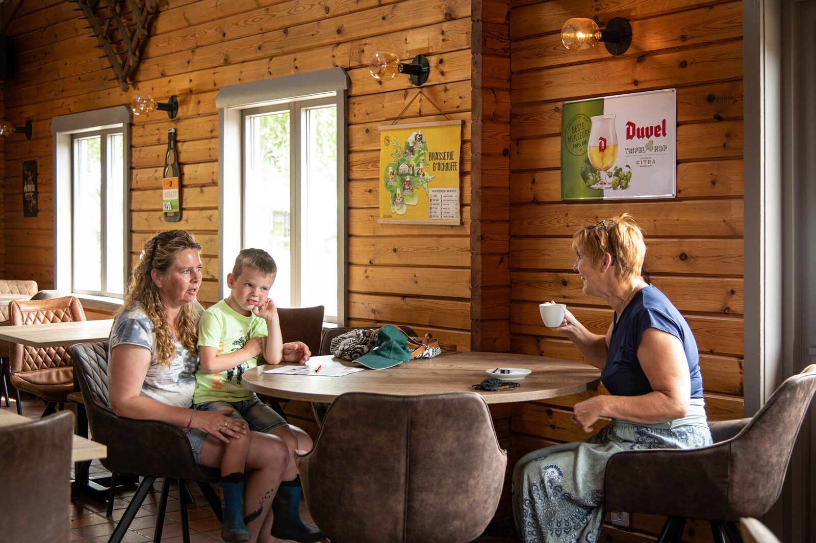 Facilities - Bar and restaurant | Petite Suisse