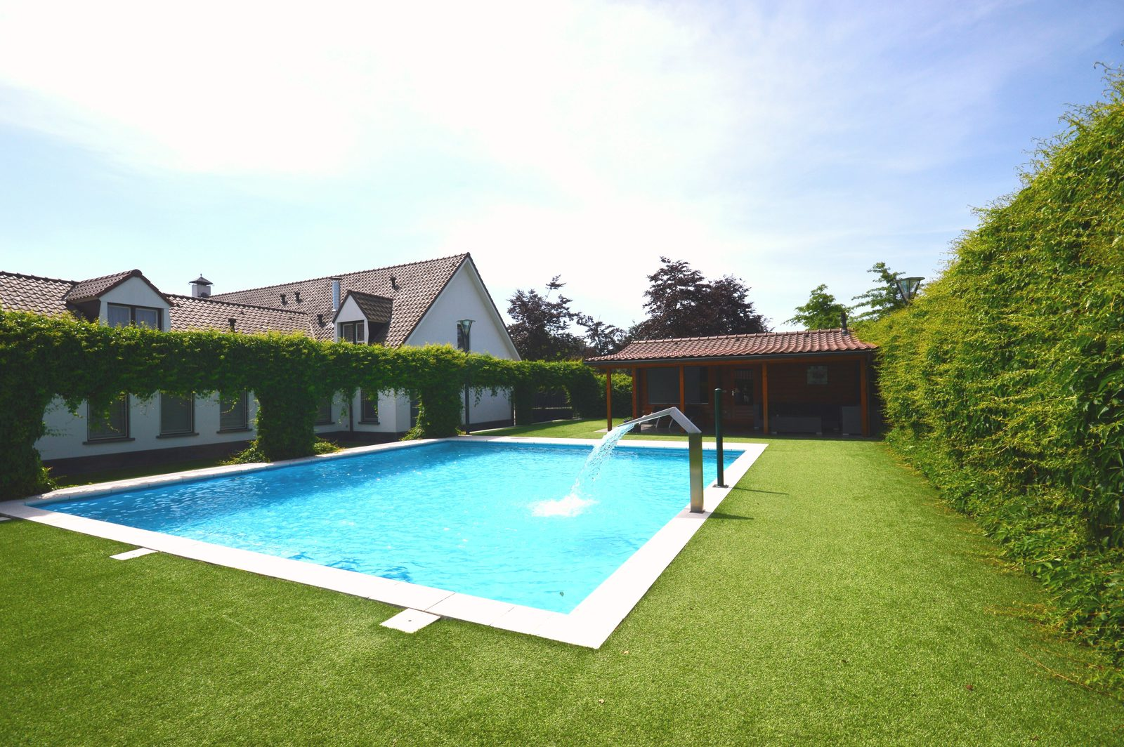 Holiday Homes With Private Swimming Pool Book Now On Groepen Nl