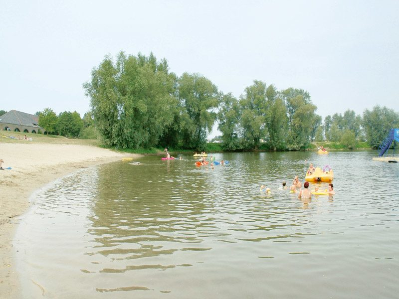 Recreational lake