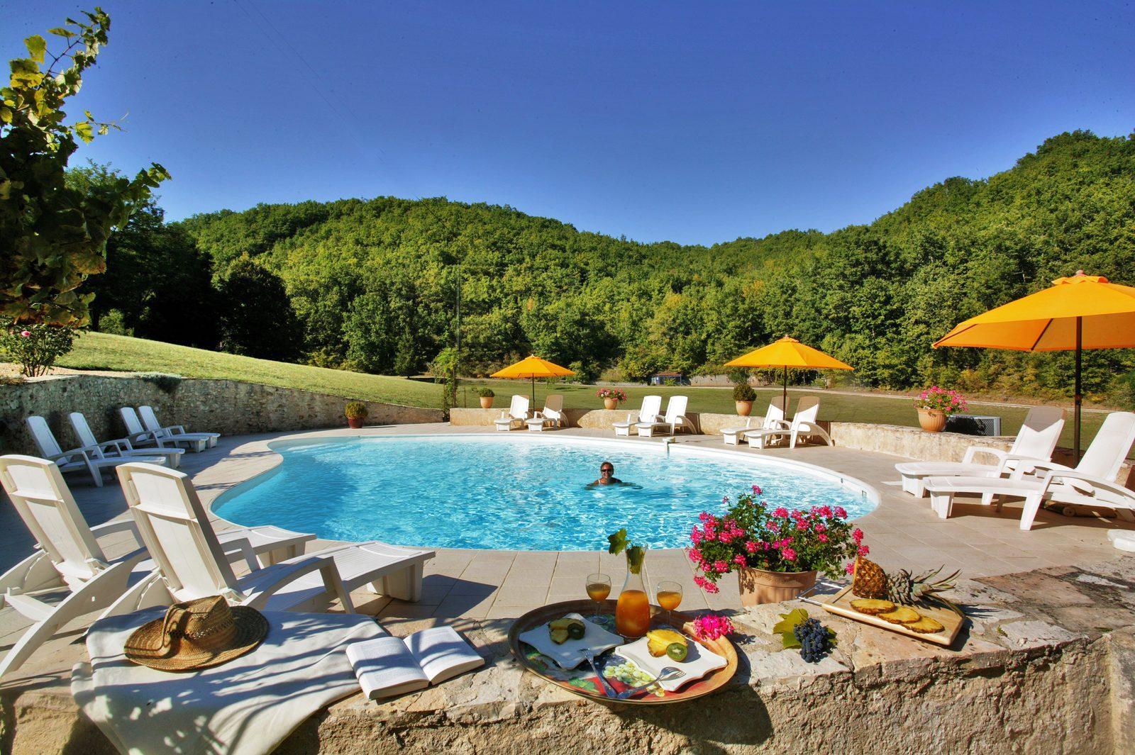 Vakantiehuis la Nouvelle Source met verwarmd zwembad