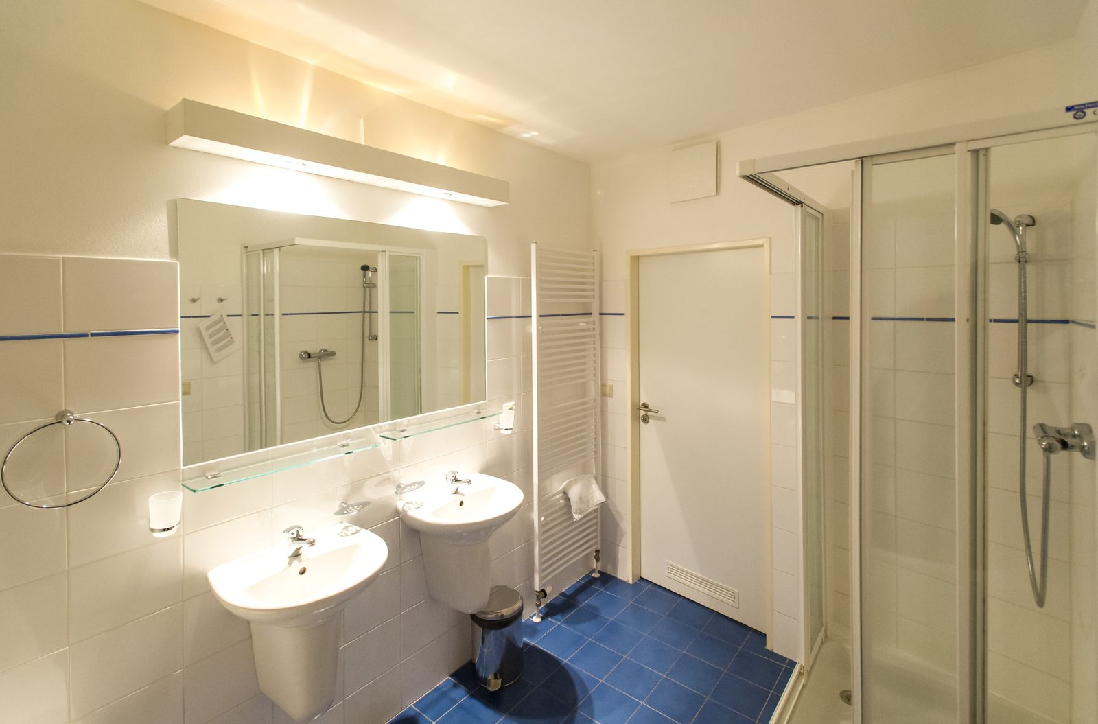 Apartmán 6SXL - koupelna
