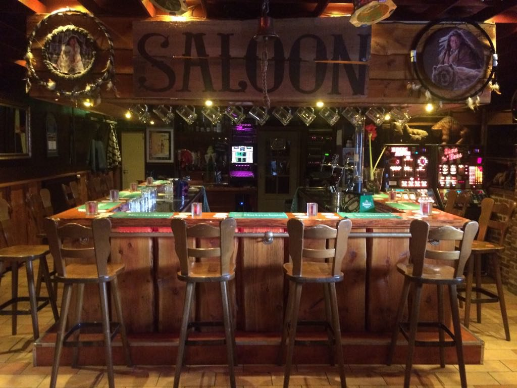 Cafe De Saloon