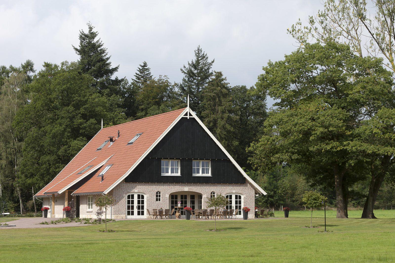 vakantiehuis 14 personen | www.borghuis.nl