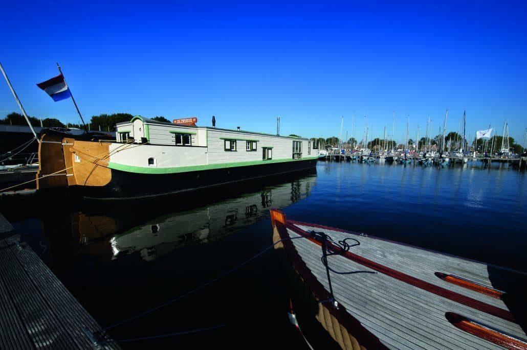 Hausboot De Zwerver