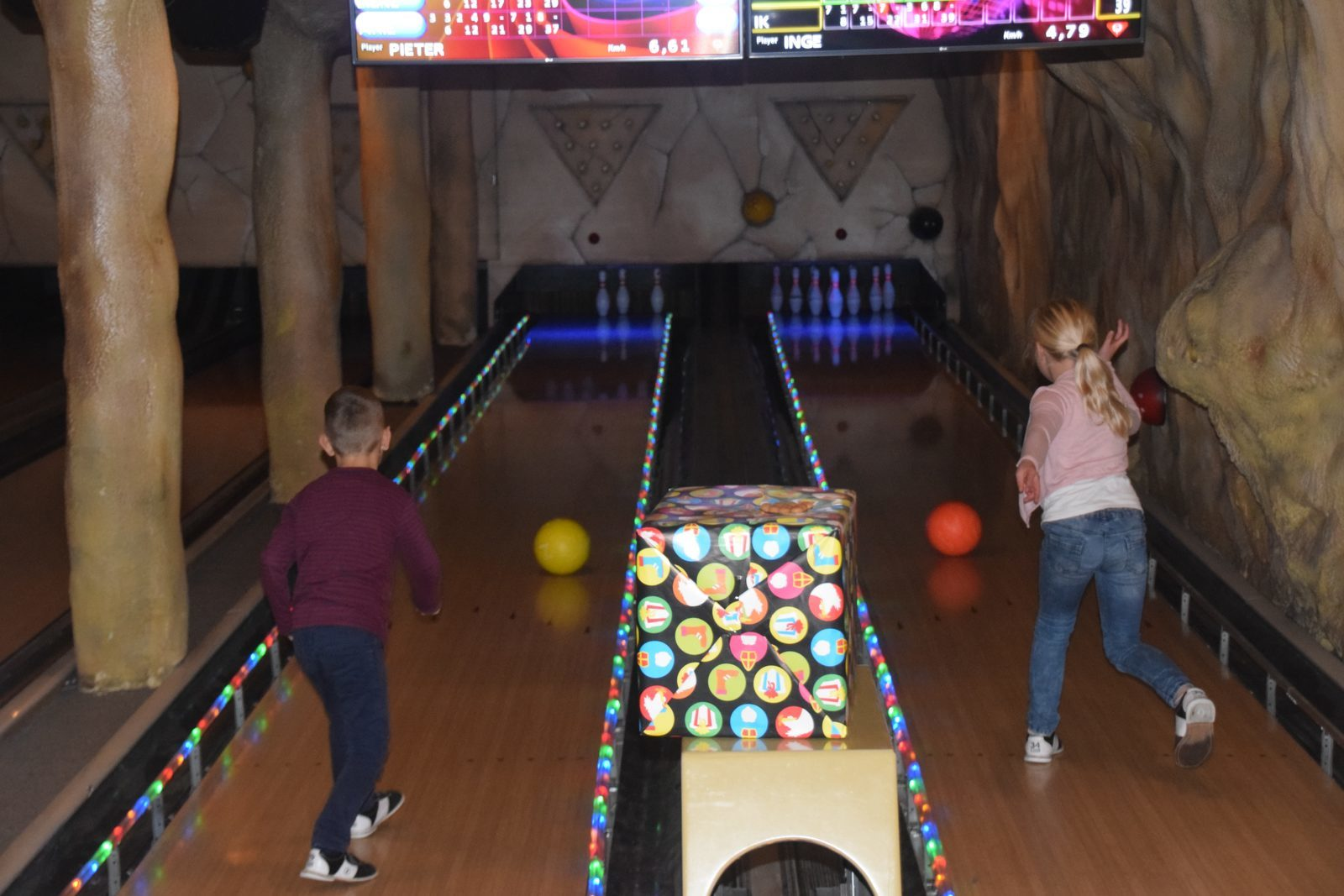 Bedrock Bowling Party