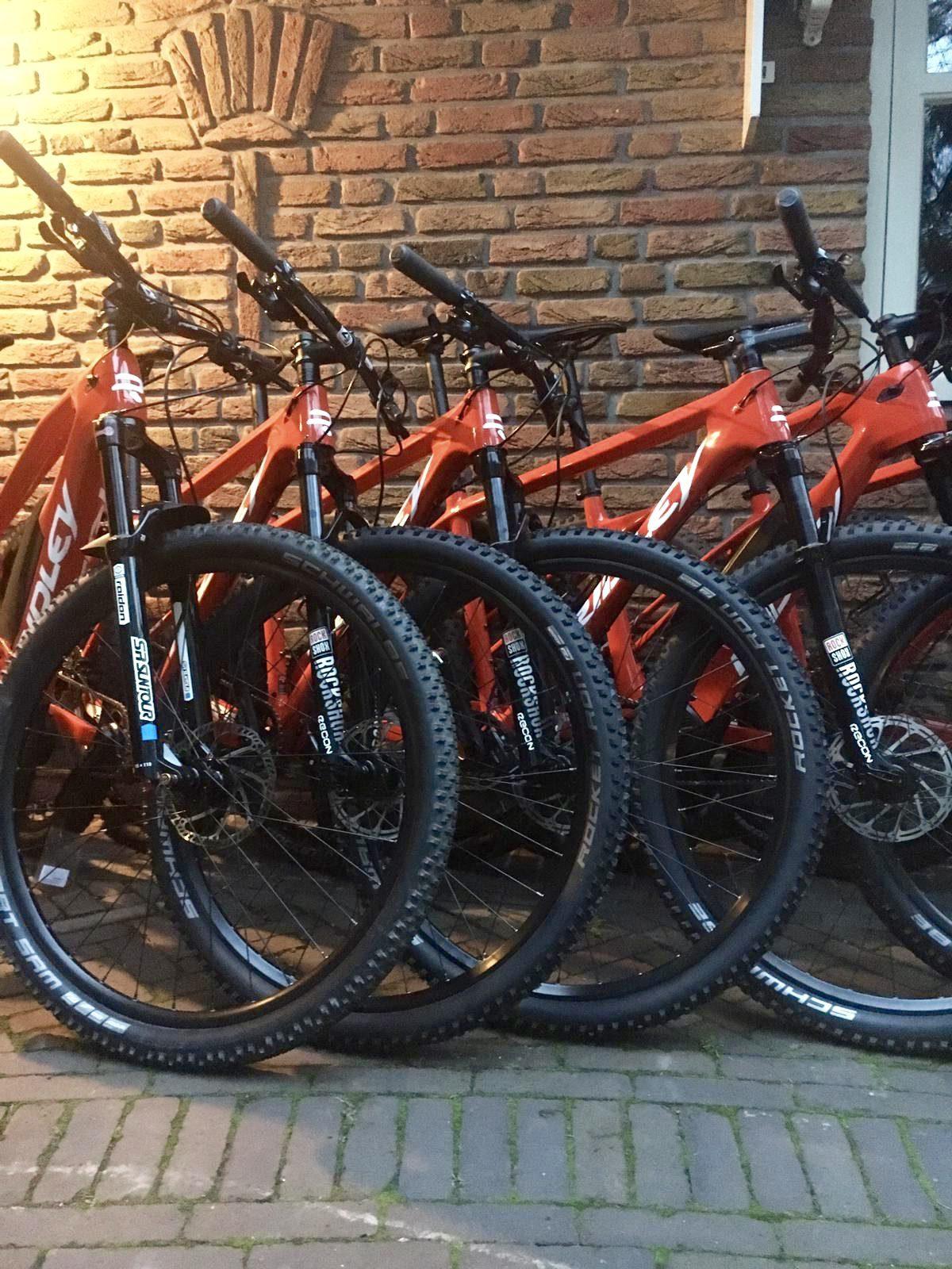 Mountainbike of wielerclinic op locatie!