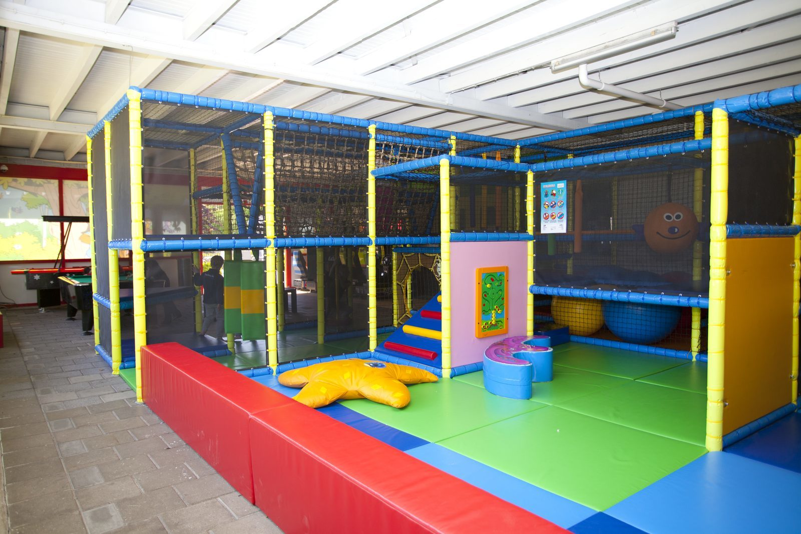 "Indoor-Spielparadies ""Monkey Town"""
