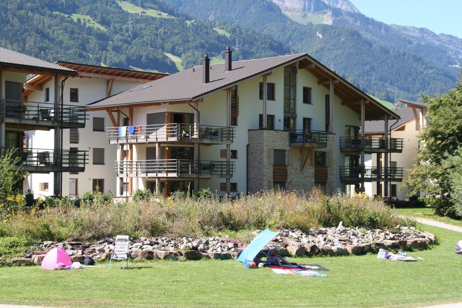 Die Apartments in Resort Walensee Heidiland Flumsberg Schweiz befinden sich direkt am Wasser
