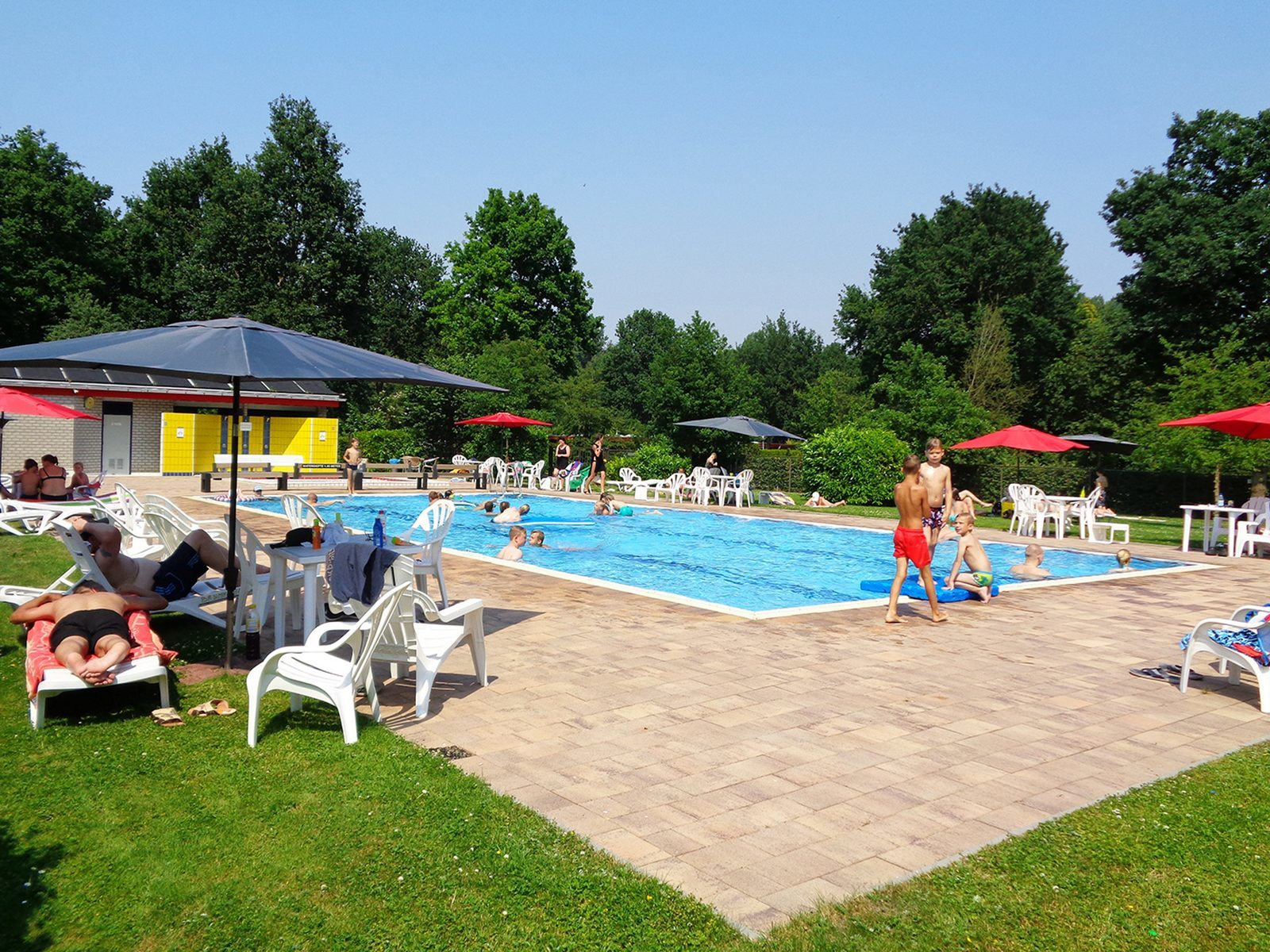 Heated outdoor swimming pool with children's pool