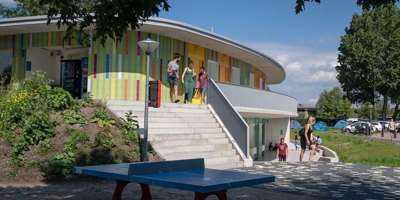 Camping Zeeburg nieuw duurzaam toiletgebouw