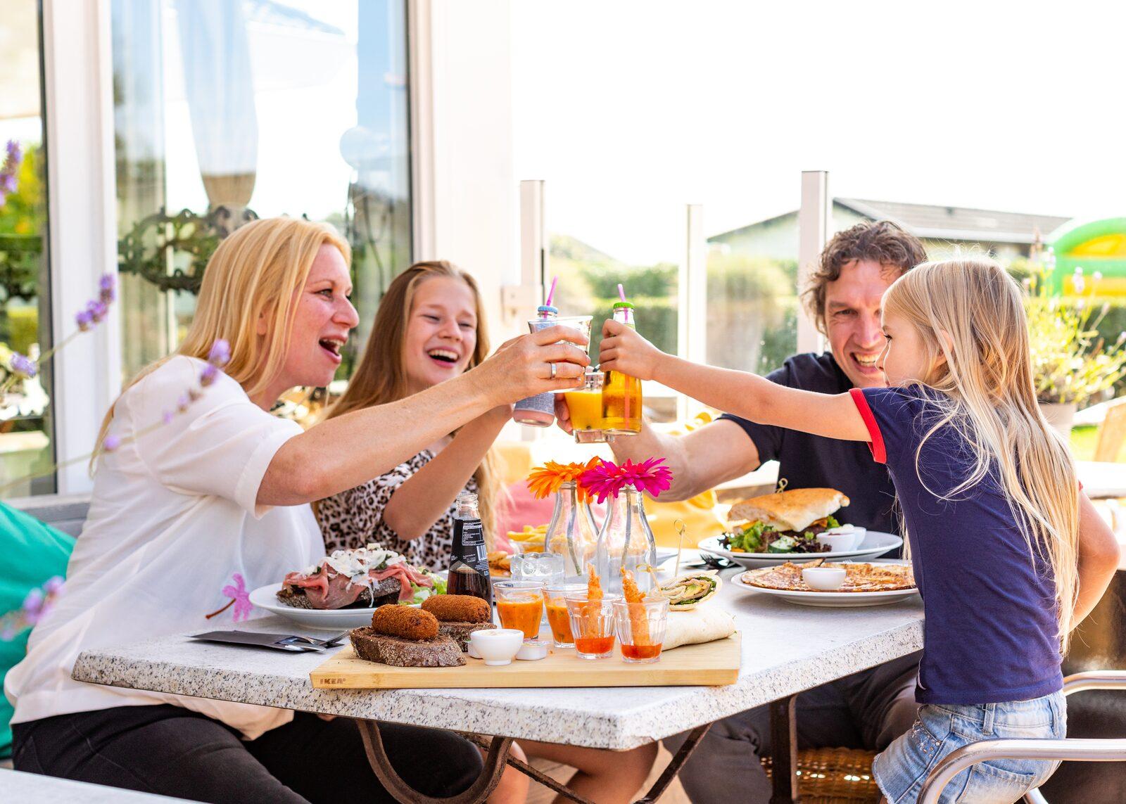 Vakantiepark met tieners