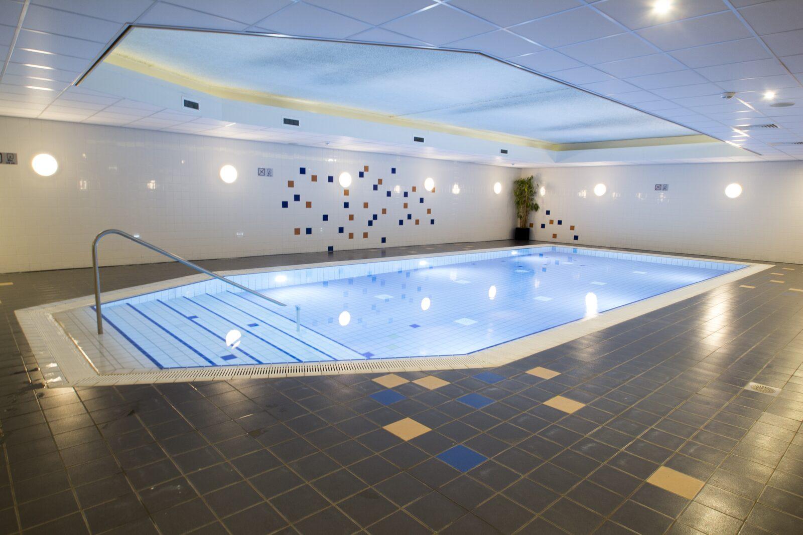 Verwarmd binnenzwembad | Résidence Terschelling