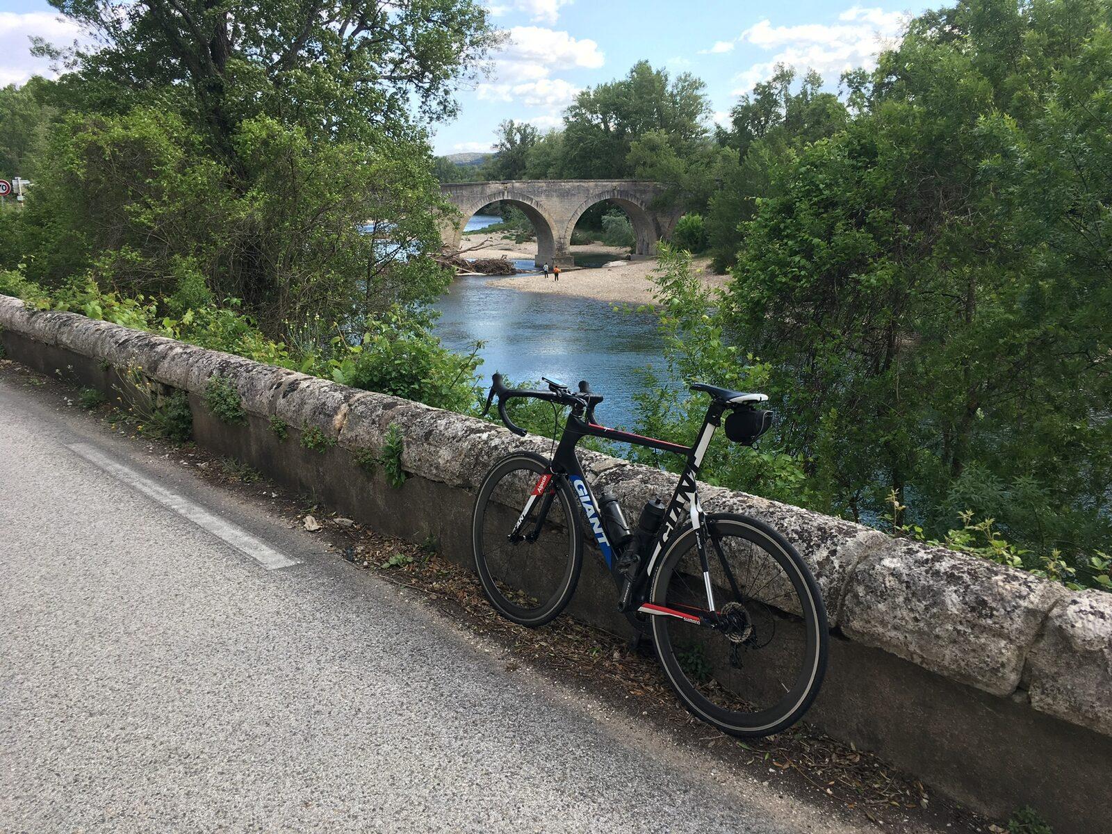 Fietsen in de Gard tijdens de vakantie in Zuid-Frankrijk