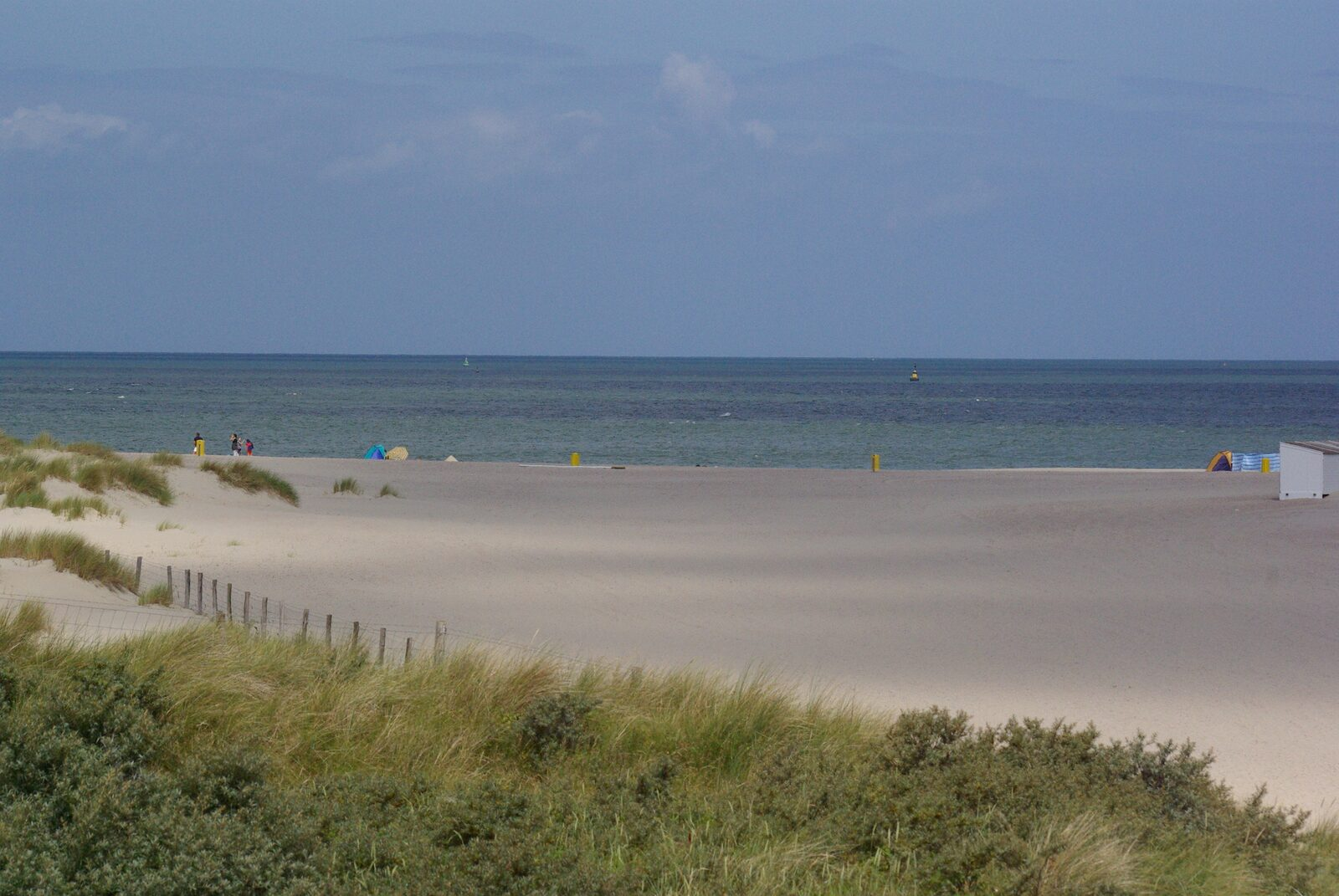 Holiday homes on the North Sea beach