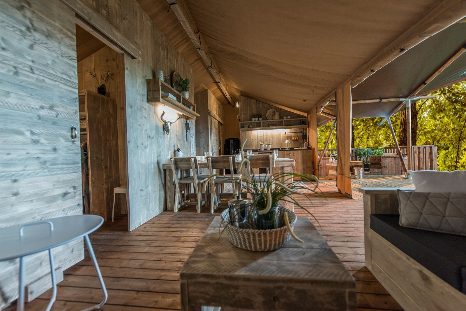 NATURE HOUSE and GLAMPING in Gelderland
