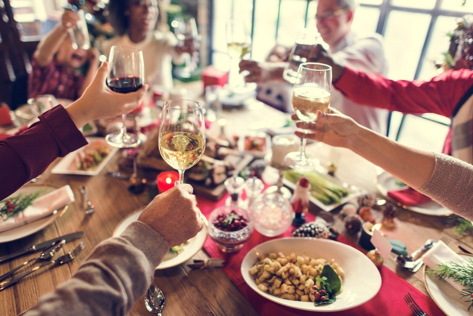 Feestelijk diner in villa boschmolenplas