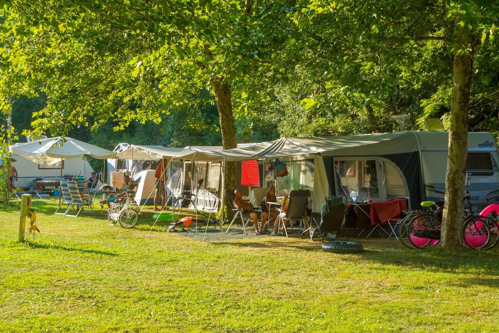 tenten kamperen tentplekken plekken kampeerplekken