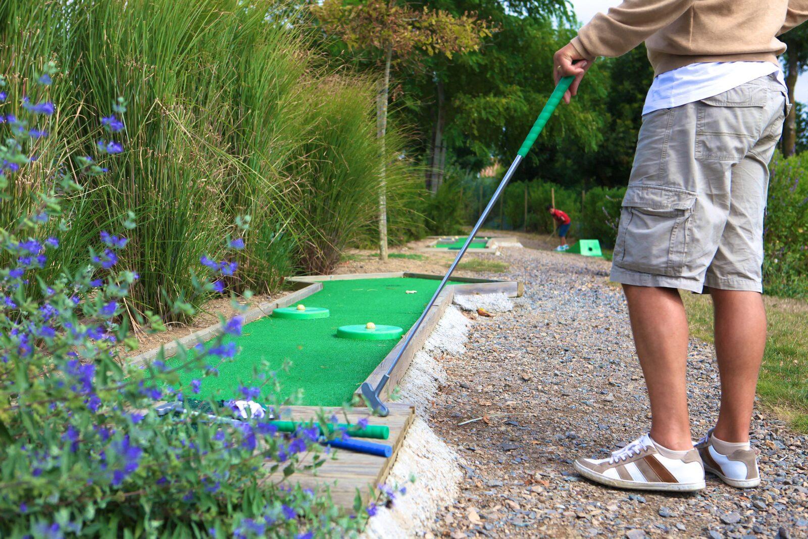 Le mini-golf