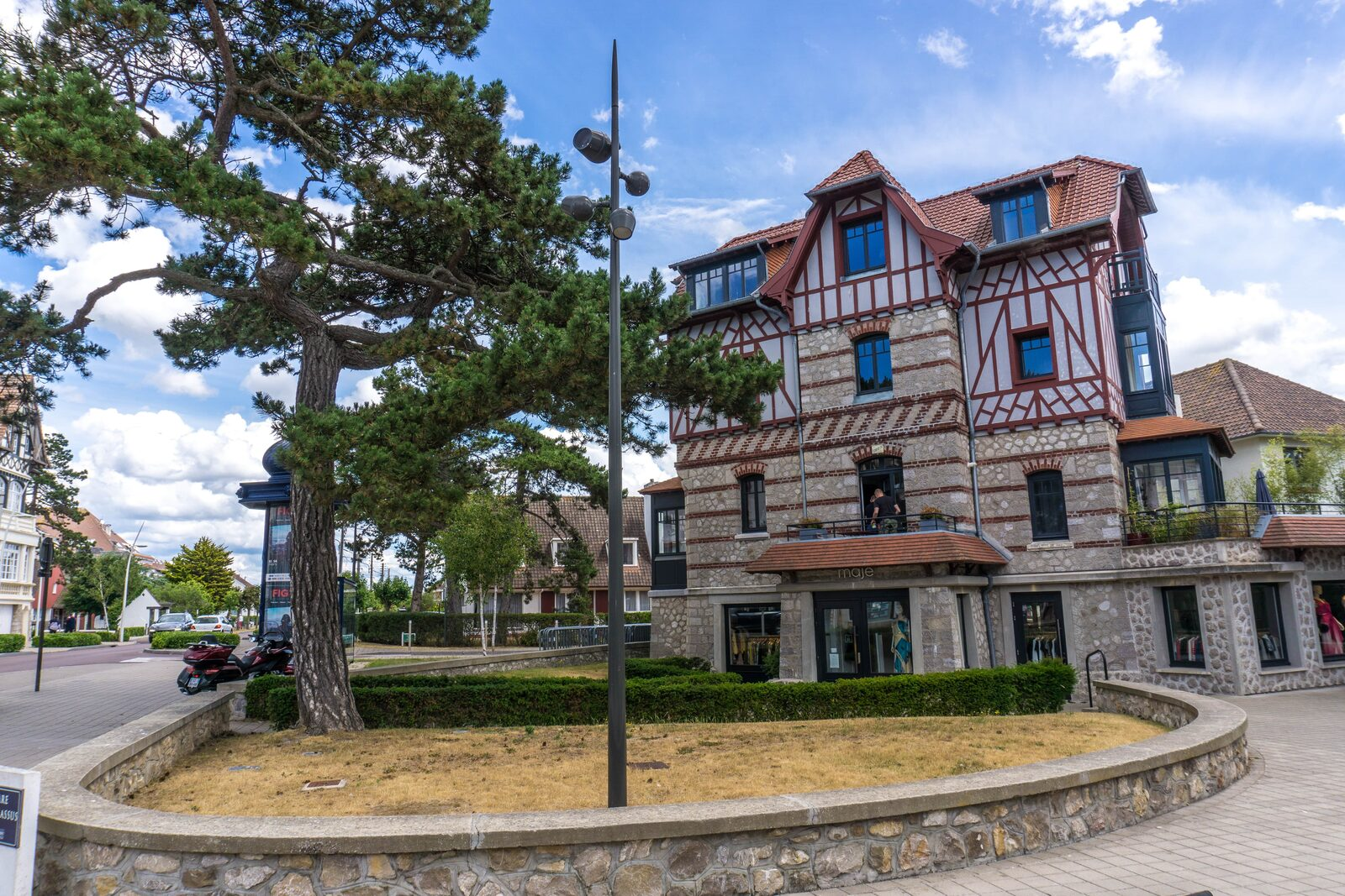Architectural Anglo-Norman highlights in the town of Le Touquet Paris Plage