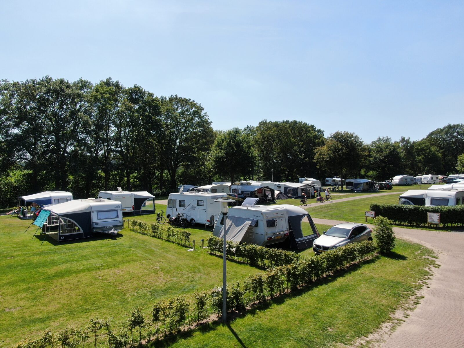 Camping Mander