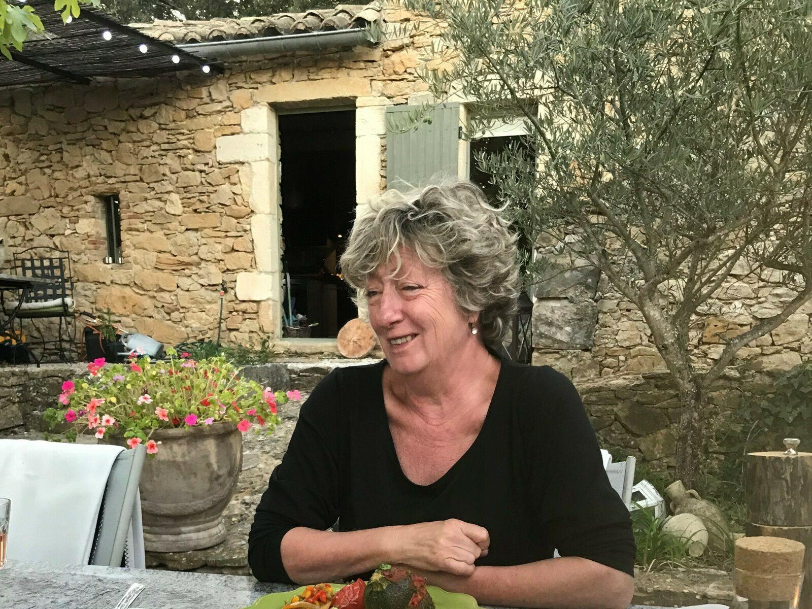 Polly eigenaresse van Le Paradis in de Gard