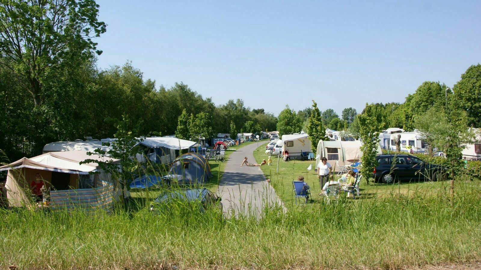 Kompas Camping