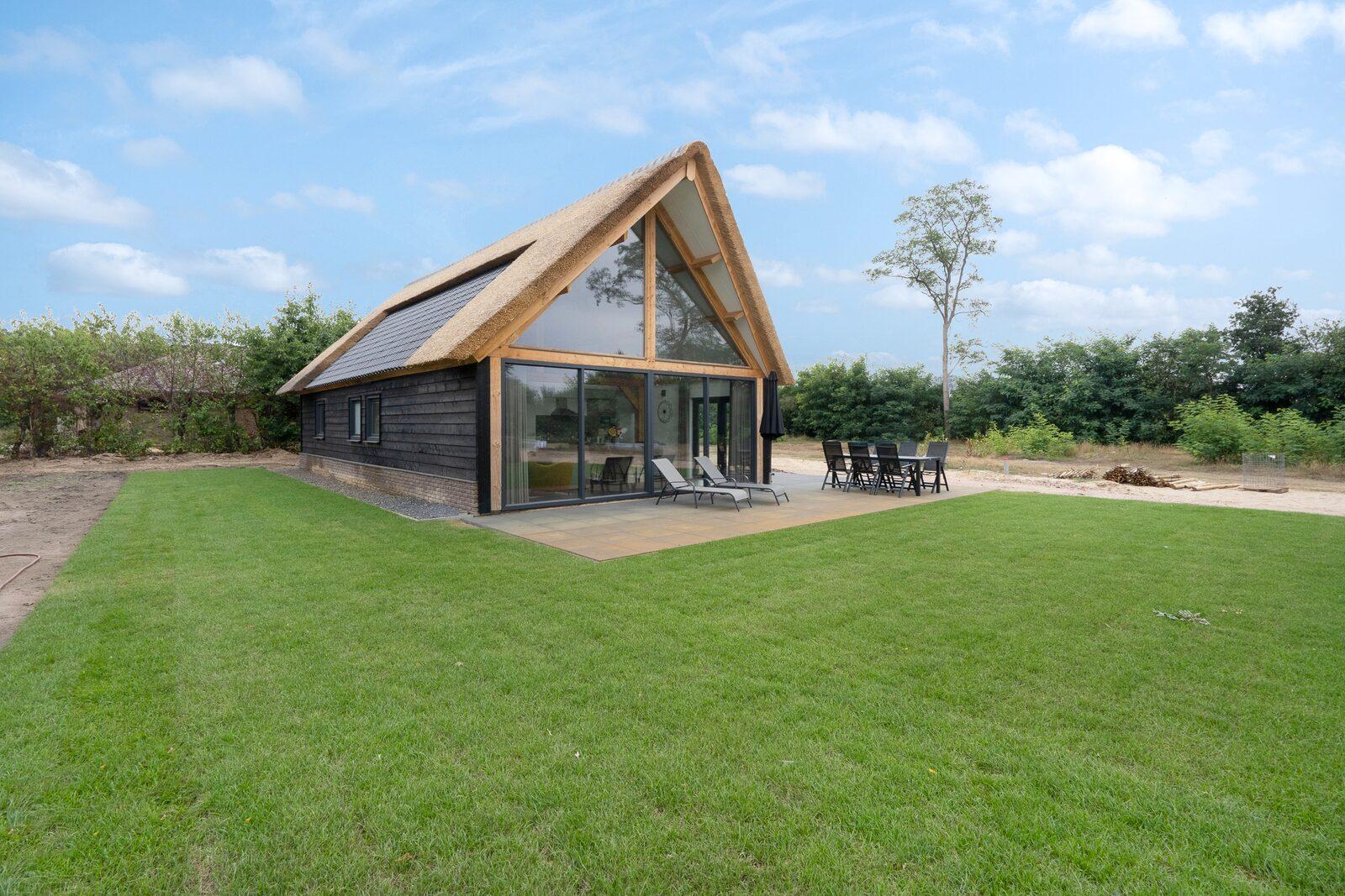 Farm Lodge 6