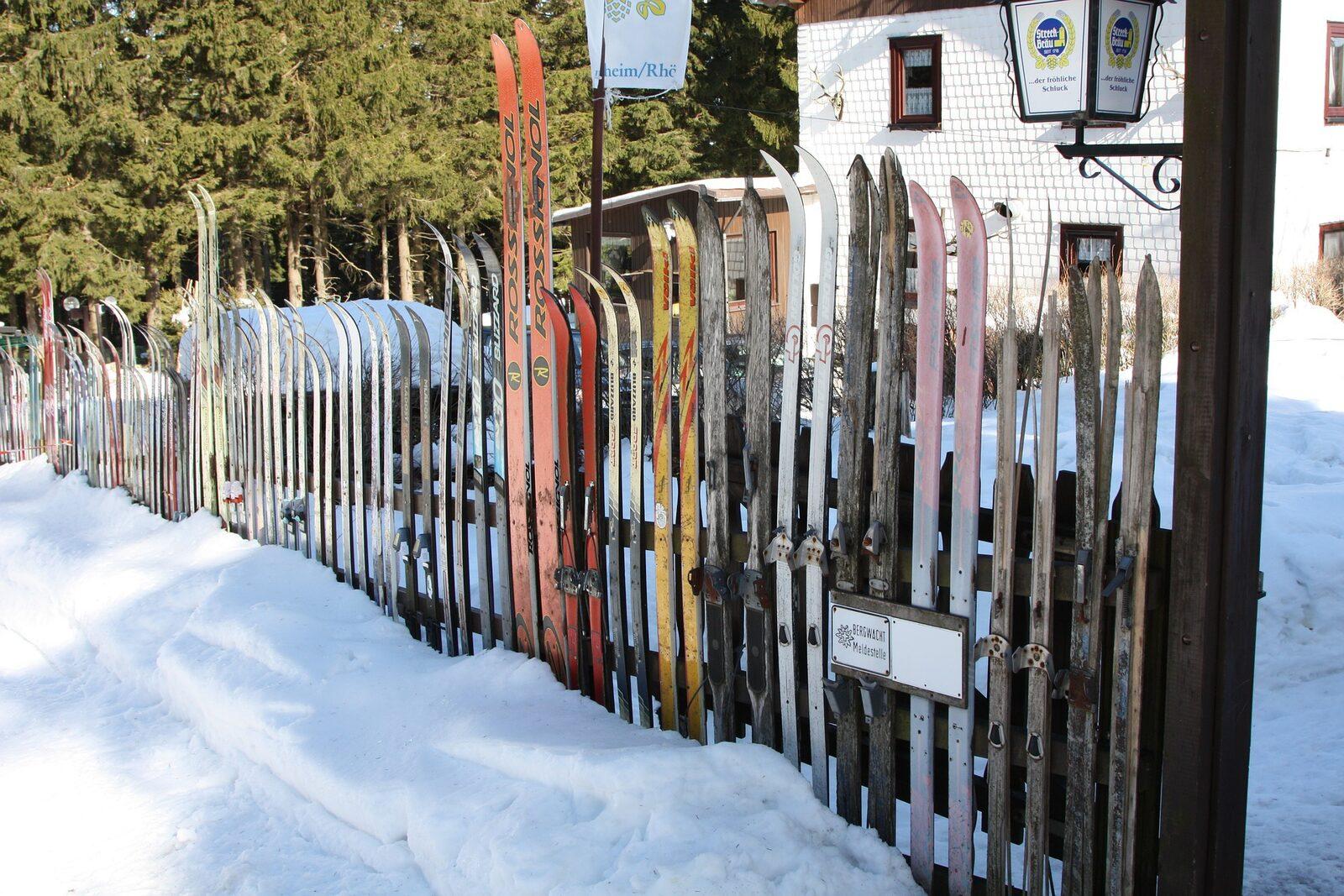 Visite commentée du musée du ski ancien