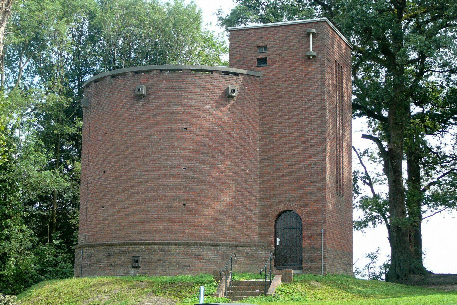 De watertoren, stadpomp en stadsputten